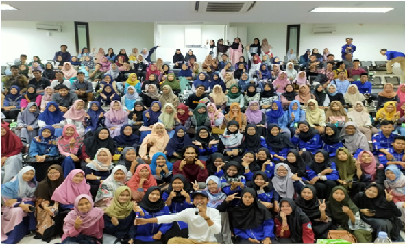HMPS Bahasa dan Sastra Arab Mendatangkan Sastrawan Milenial